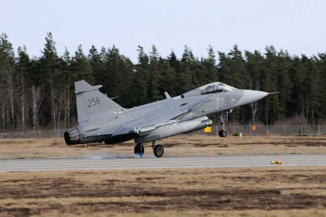 Bulgaria-Govt,-Opposition-Clash-over-Fighter-Jets