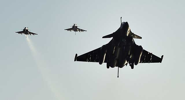 French Defense Minister Set to Garner New Contract for Rafale Jets in India