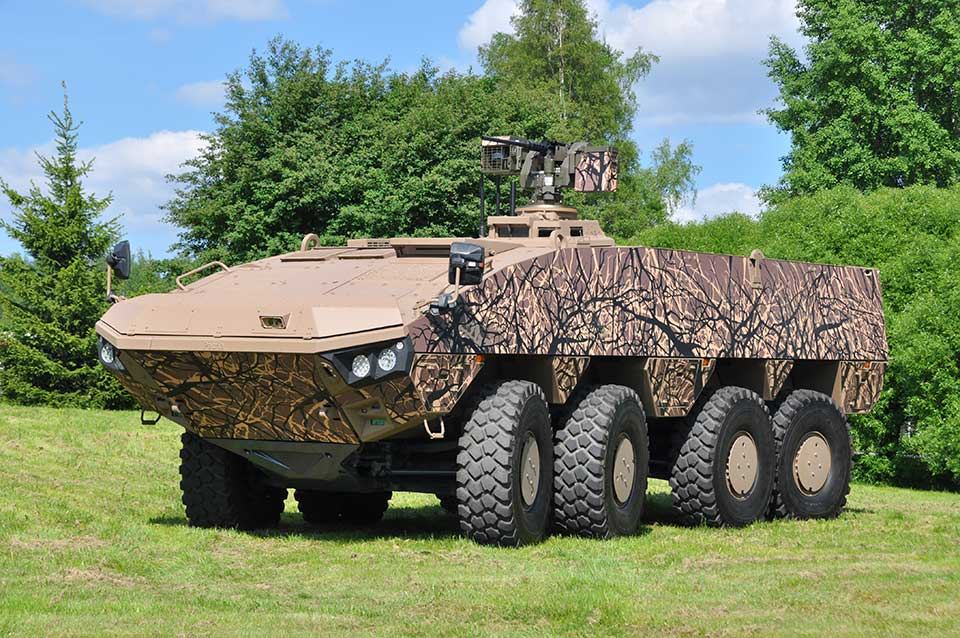 Patria-delivers-a-new-version-of-AMV-vehicle-to-Slovakia
