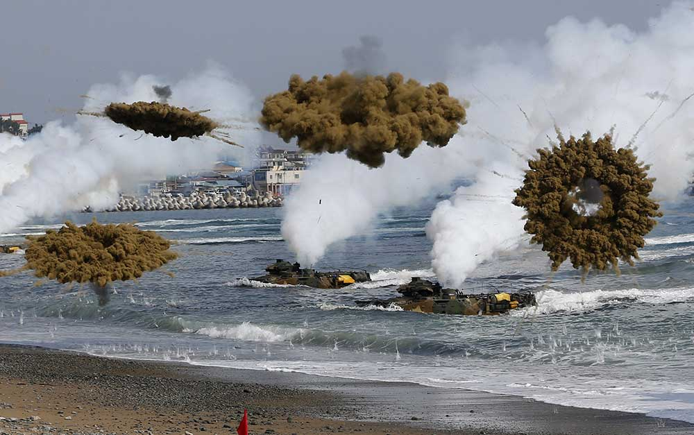 Washington,-Seoul-and-Tokyo-began-two-day-joint-military-exercises