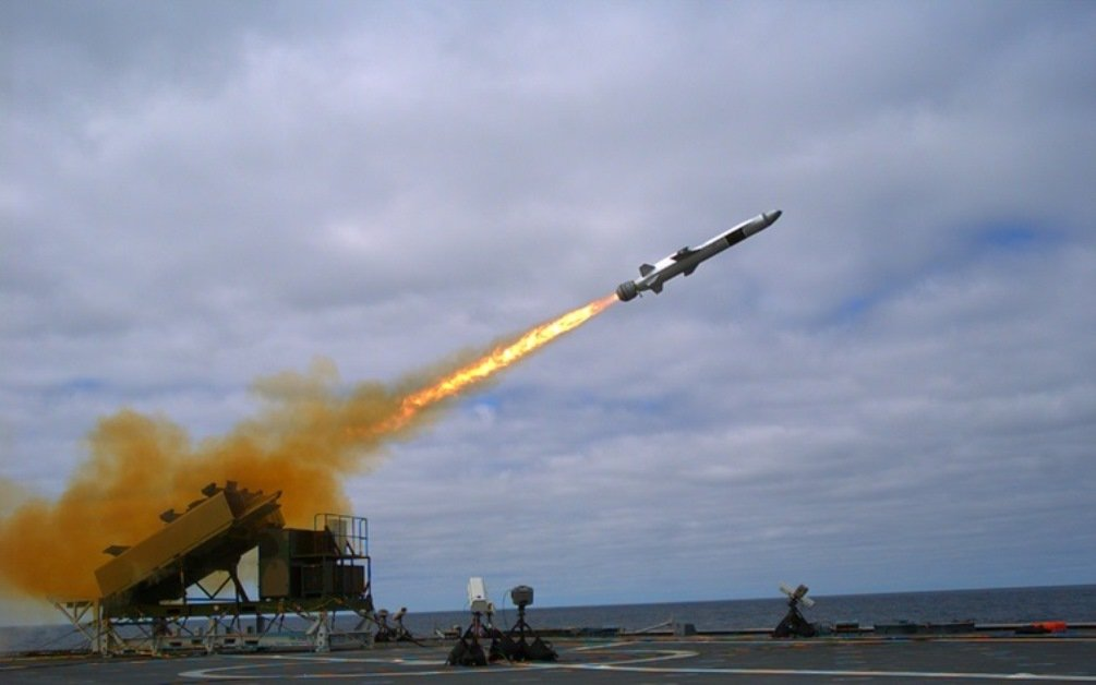 the-nsm-of-raytheon-and-kongsberg-gruppen-selected-by-the-us-navy