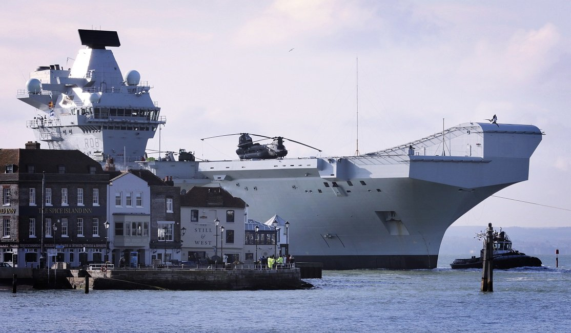 HMS QUEEN ELIZEBETH RETURNS HOME