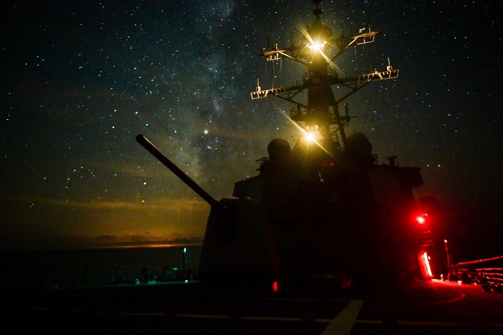USS Ross (DDG 71) at night