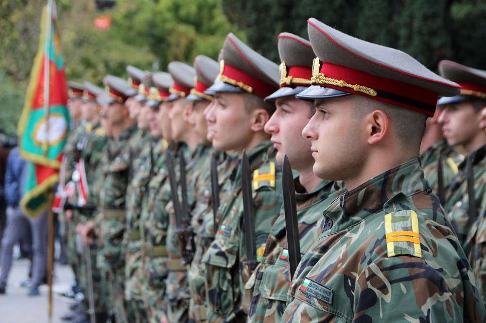 Bulgarian Land Forces Expect another 12 Projects for their Modernization