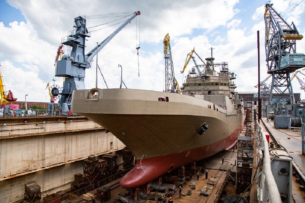 Russian Navy's Large Amphibious Assault Ship Pyotr Morgunov to Enter Trials Next Year