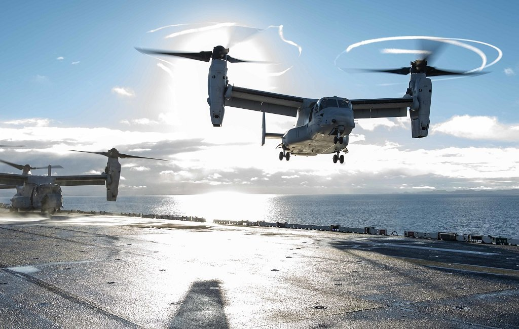 Osprey lands on USS Iwo Jima (LHD 7)