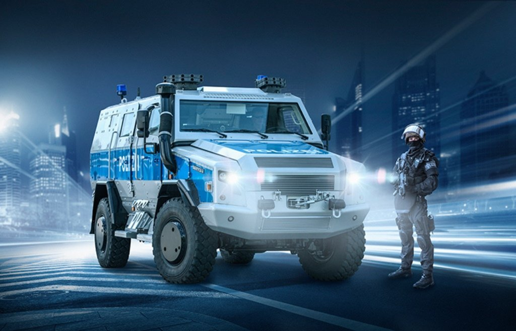berlin-police-received-a-survivor-r-special-operations-vehicle-of-rheinmetall