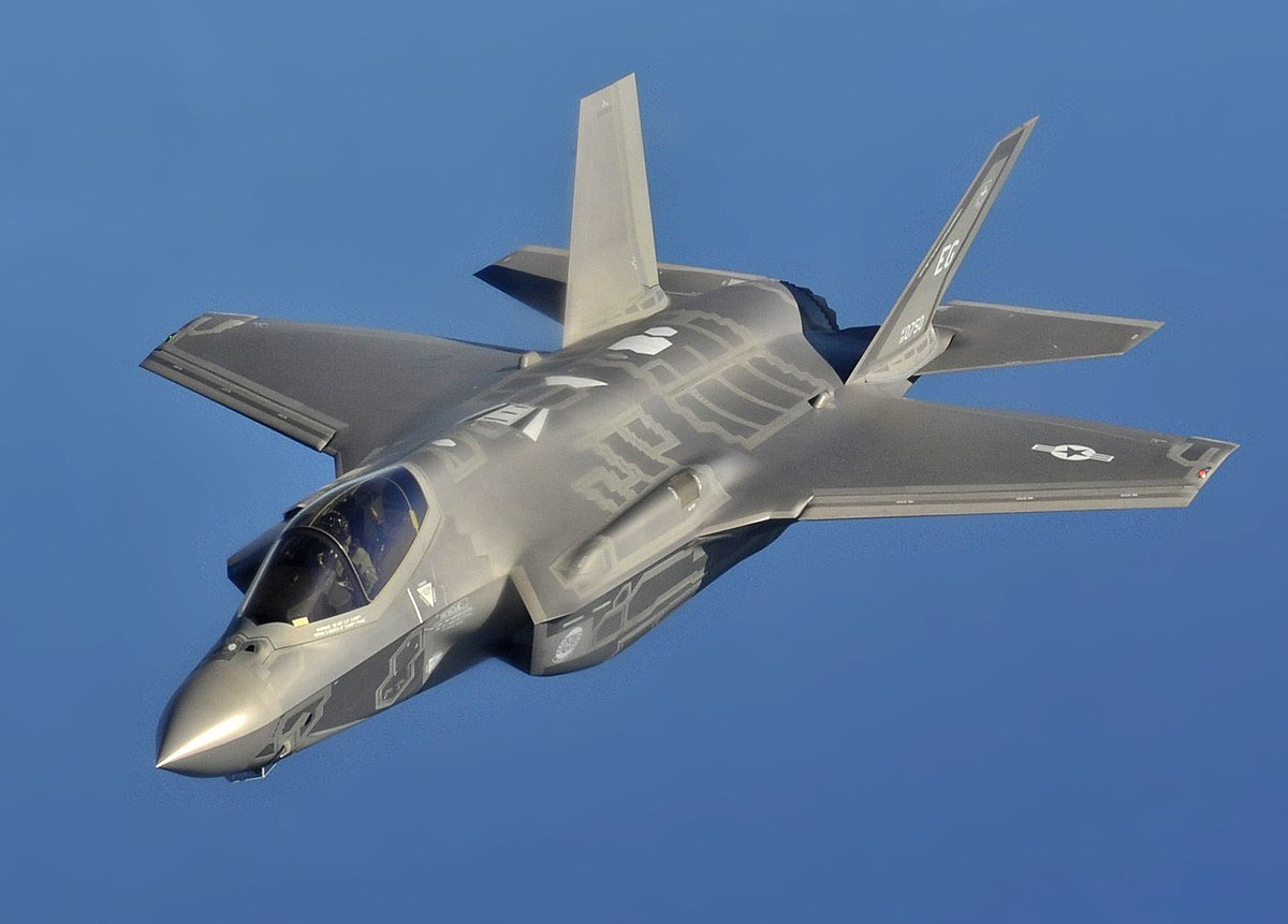 lockheed-martin-received-a-22-7-billion-f-35-supply-contract