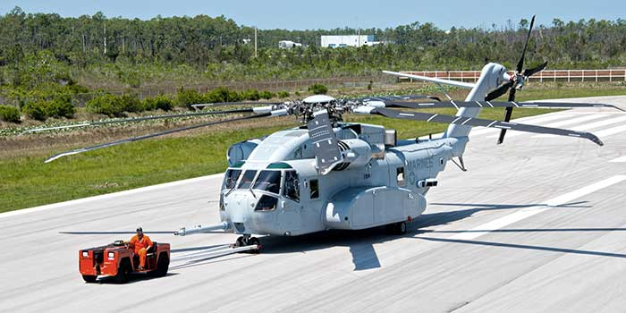Israel-chooses-between-two-models-of-American-helicopters2