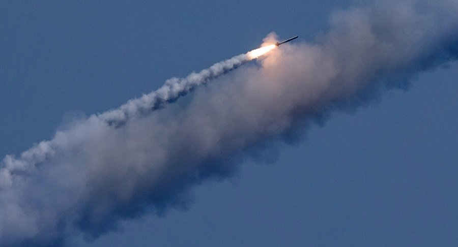 Russia's Defence Minister Russia to Develop Ground-Based Cruise and Hypersonic Missiles by 2020