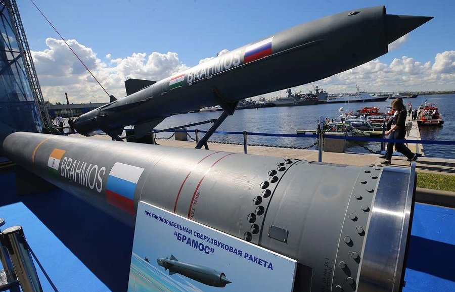 The Russian-Indian BrahMos Missiles to be Integrated on India's Foreign Fighter Aircraft