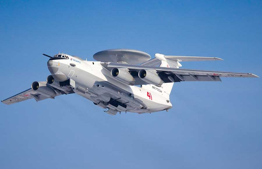 A-50-Aircraft-and-S-400-Missile-Systems-Are-Taking-Part-in-the-Russian-Black-Sea-Drills