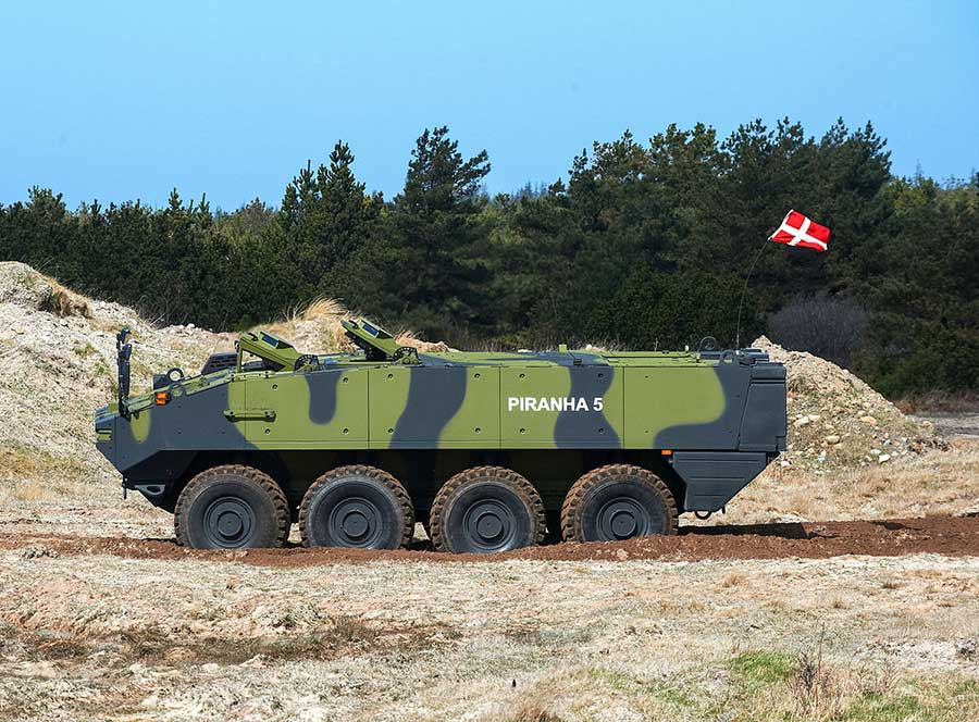 The First Piranha 5 and Eagle 5 Armored Wheeled Vehicles Have Been Delivered to the Royal Danish Army