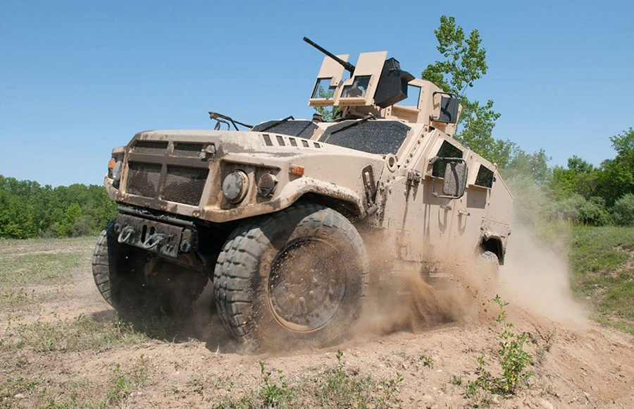 The-U.S.-Army-Secretary—the-New-Joint-Light-Tactical-Vehicle-is-Designed-for-the-Last-War