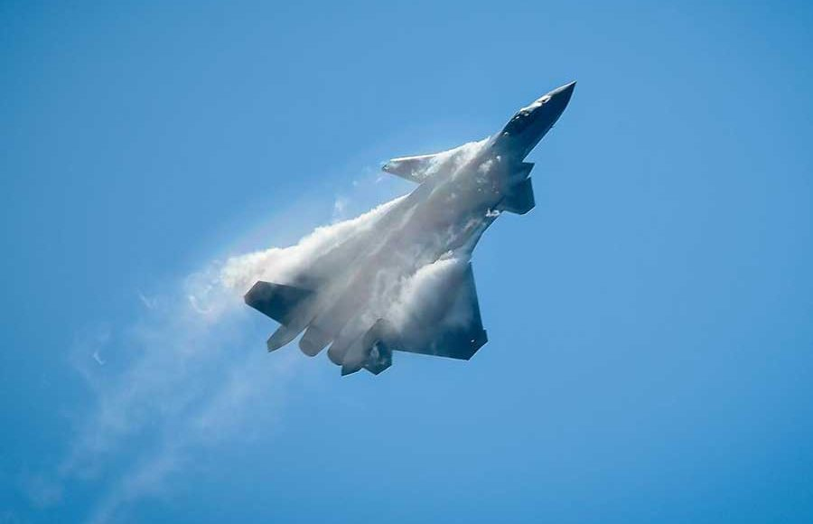 China-May-Declare-Its-First-Stealthy-J-20-Fighter-This-Year