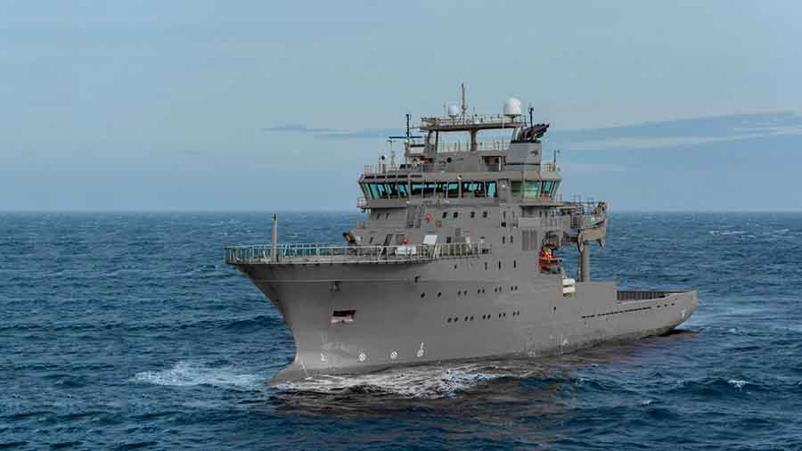 The-Royal-New-Zealand-Navy's-Hydrographic-Vessel-has-Arrived-in-Wellington-Harbour