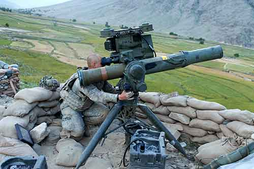 Raytheon-Will-Deliver-to-the-U.S.-Army-Optically-Tracked-Wireless-Guided-Missiles