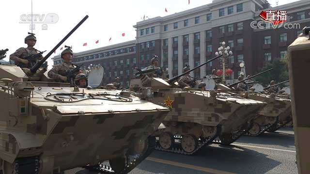 china-unveils-its-military-power-21