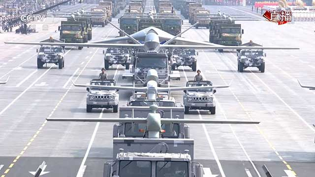 china-unveils-its-military-power-4