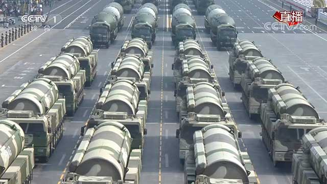 china-unveils-its-military-power-9