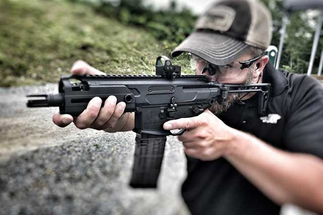 A-New-Sig-Sauer-Compact-Carbine-Might-Be-the-Next-Armament-on-the-US-Forces