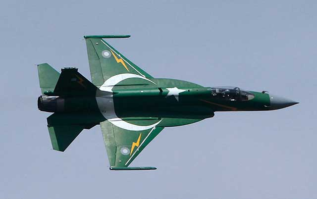 JF-17-fighter-jet-is-important-for-Pakistan-and-can-change-the-regional-power-(video)