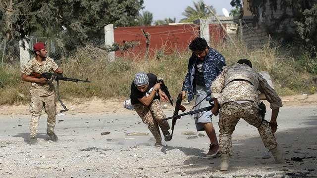 Battles-near-Tripoli–Libya-Ankara-sends-troops-to-Syria-A-resolution-stops-Trump-for-war