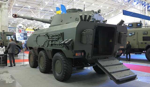 Ukraine-has-tested-the-new-Otaman-6×6-armoured-fighting-vehicle