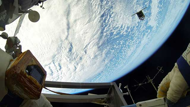 Russian-fregat-deb-(tank)-exploded-in-the-Space,-the-US-Air-Force-said