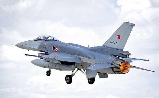 Turkish-F-16-has-intercepted-a-Russian-long-range-Tu-22-bombers-over-the-Black-Sea
