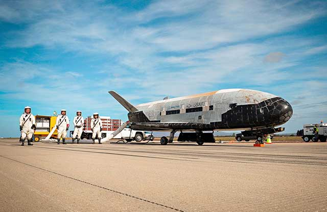 US-is-about-to-conduct-a-series-of-experiments-aboard-the-secret-unmanned-spacecraft