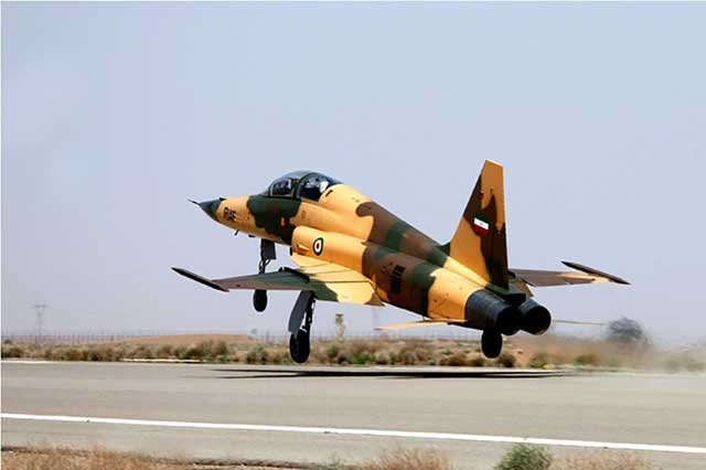 While waiting to buy Su-30s, Iran puts into service three own-made 'updated' fighters