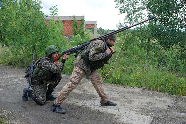 It's-not-a-sniper-rifle.-It's-not-an-anti-tank-systems.-It's-the-Russian-PTRS-anti-tank-rifle