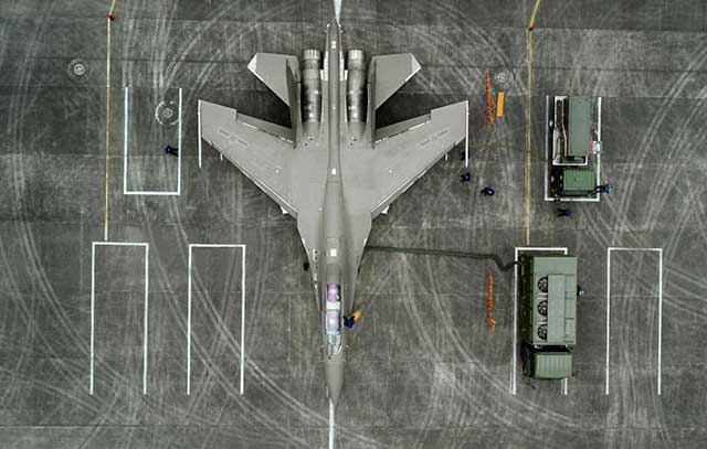 The Chinese J-16 fighter jet is better than the Russian Su-27, experts say