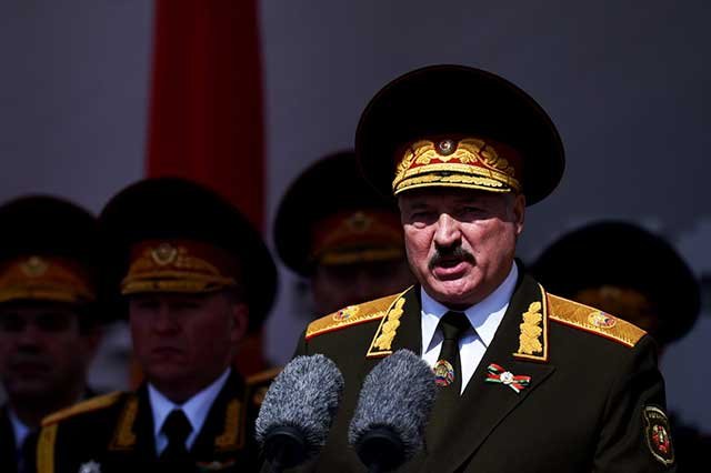 Lukashenko-threatened-to-use-joint-troops-with-Russia-if-the-West-just-'twitches'