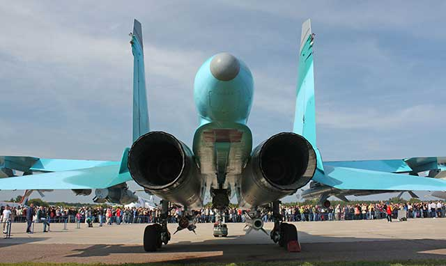 Su-34 Fullback - Russian fighter-bomber/strike aircraft [review]