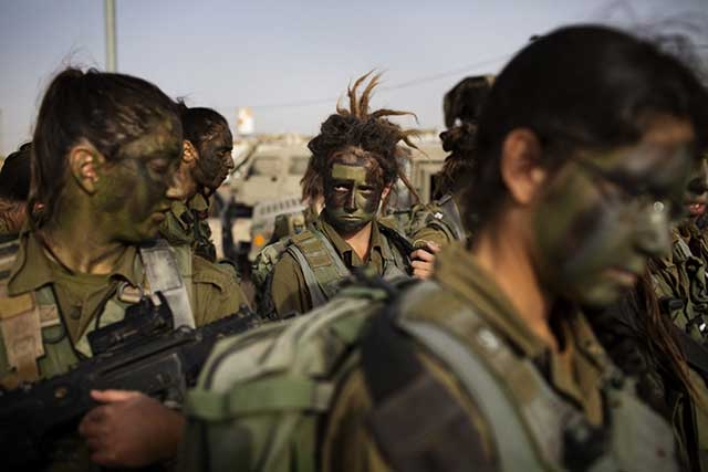 Why-girls-from-the-Israeli-army-do-not-take-part-in-the-battles