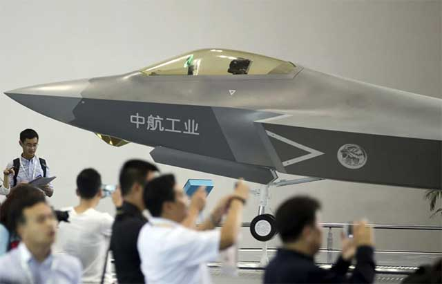Chinese-copied-the-5th-generation-F-35-fighter,-but-did-they-copied-and-its-efficiency