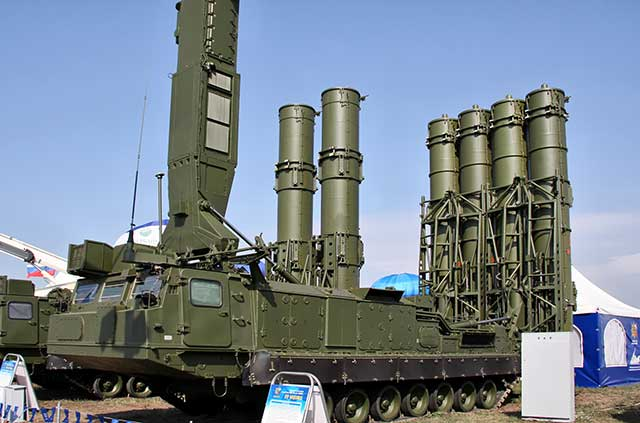 Russia's-S-300B4-air-defense-missile-system-will-shoot-down-hypersonic-missiles