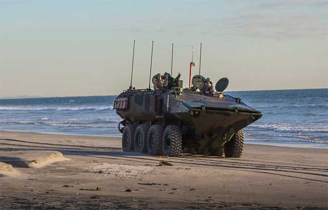 US-Marines-will-have-a-new,-better-and-more-powerful-amphibious-combat-vehicles