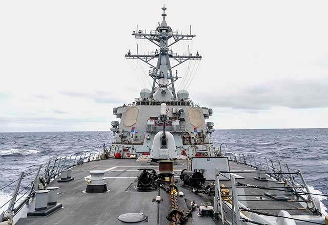 US-warship-violated-Russia's-maritime-territory.-Moscow-responded-with-missile-tests