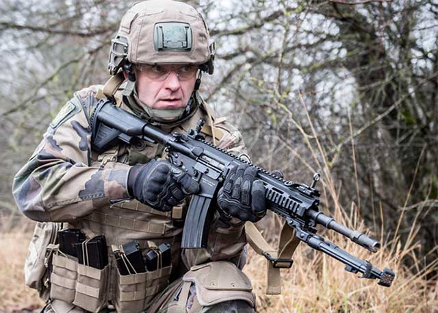 HK416F-assault-rifle-became-the-main-weapon-of-the-French-army