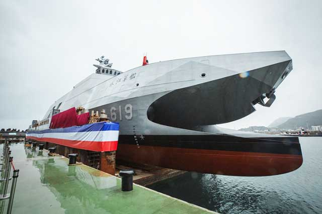 New-Taiwanese-corvettes-have-to-'hunt'-Chinese-aircraft-carriers