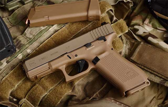 Russia-is-releasing-its-own-and-cheaper-version-of-the-legendary-Glock-pistol