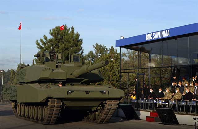 Turkey-unveiled-its-version-of-the-Leopard-2A4-tank