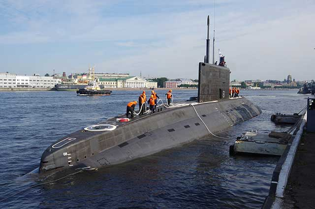 Threat-to-NATO-Russian-Kilo-class-subs-armed-with-Kalibr-missiles