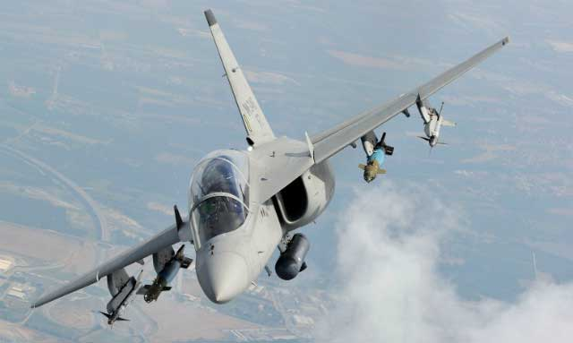 Nigeria buys 24 Italian M-346 Master light combat aircraft