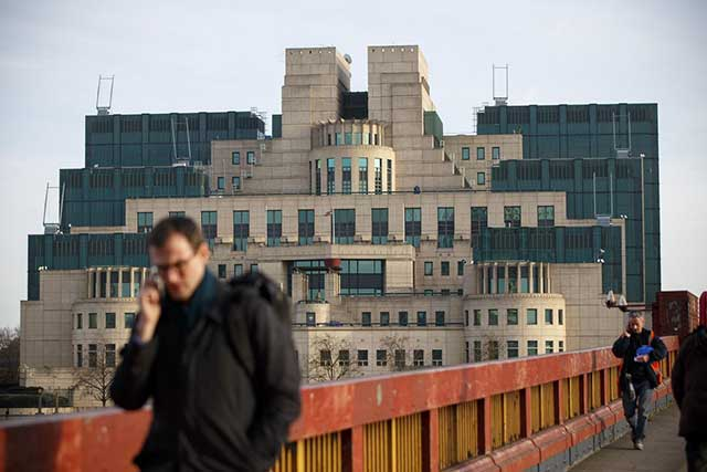 MI6-We-must-respect-Russia's-role-in-the-world-but-also-limit-it