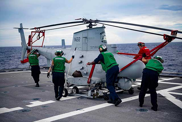MQ-8B helicopter hit US warship and crashed overboard