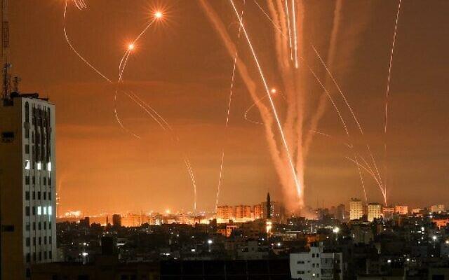 Sky-over-Israel—Iron-Dome-against-Hamas-rockets-[Photos]-3
